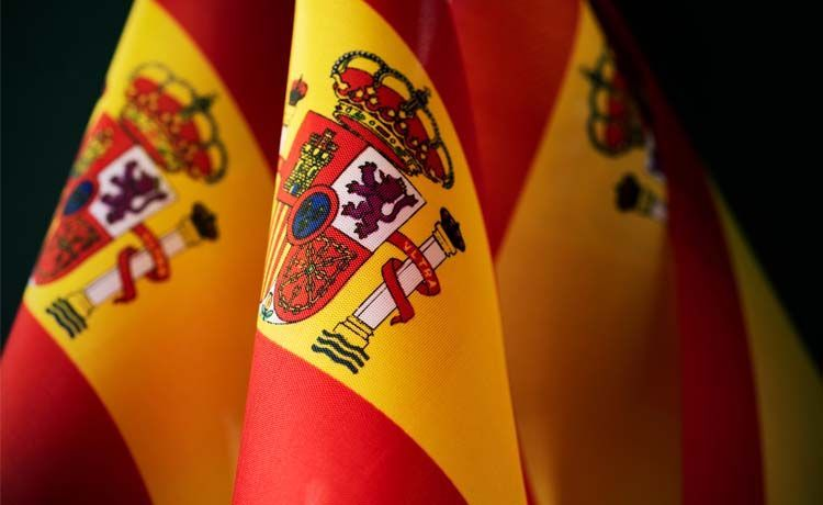 Tributar en España