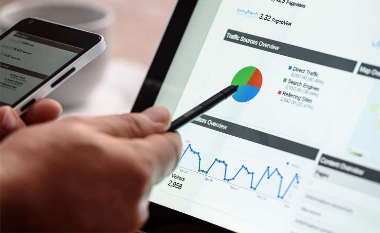 ¿Cuántas visitas necesito para ganar dinero con mi blog?