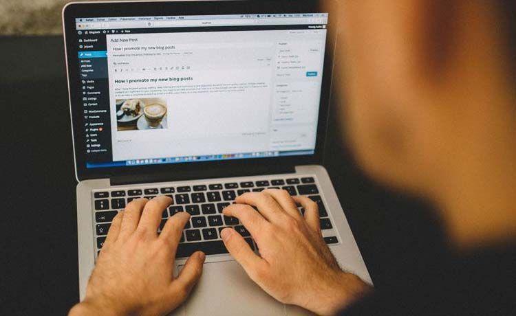 Cómo vivir de un blog